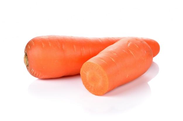 Морковь, изолированных на белом фоне