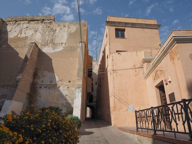 Кастедду (что означает замковый квартал) в кальяри