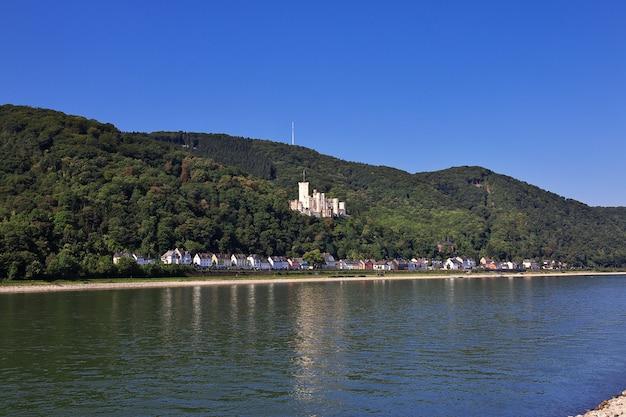 西ドイツのラインバレーの城