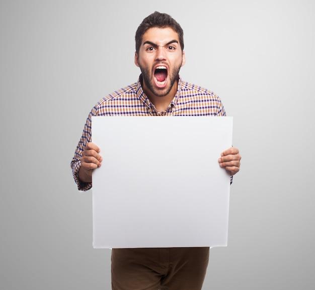 カジュアルな空白のプレゼンテーションの看板の叫び