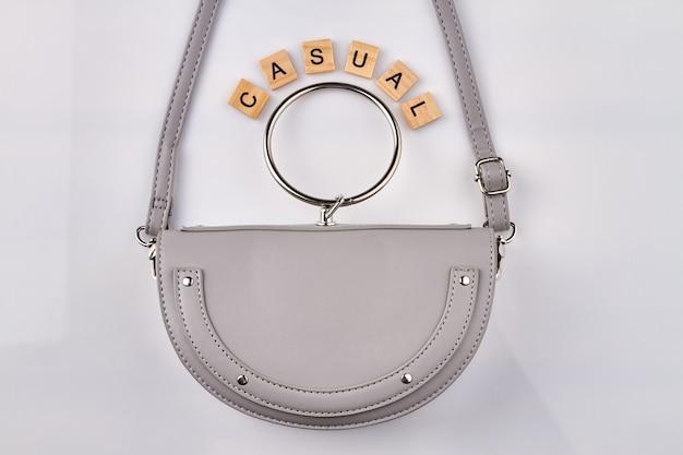 캐주얼 여성 핸드백.