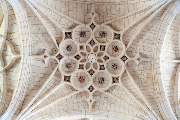Cathedral ceiling, hornillos del camino