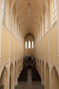 クトナーホラの近くの大聖堂