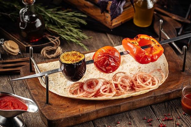 Кавказские шашлык из овощей гриль