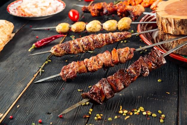 Шашлык кавказский шашлык из говядины баранина луля