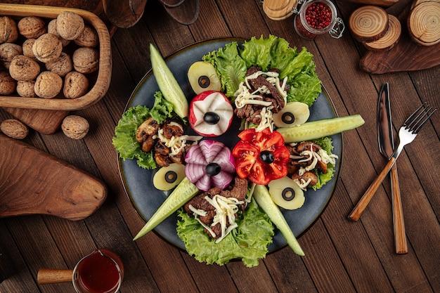 Закуска кавказская с овощами
