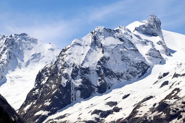 Кавказские горы зимой