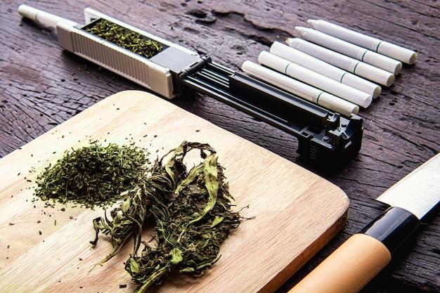 Cbd、麻薬性薬物