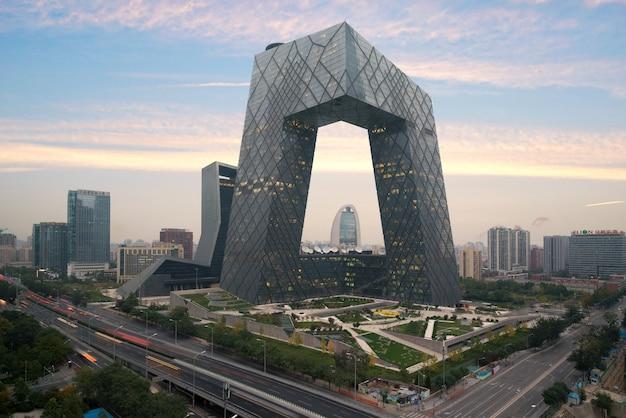 中国の北京市、有名なランドマークビル、中国cctv(cctv)