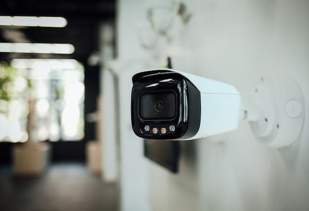 Камера видеонаблюдения или домашние камеры видеонаблюдения охранная система безопасности охранник