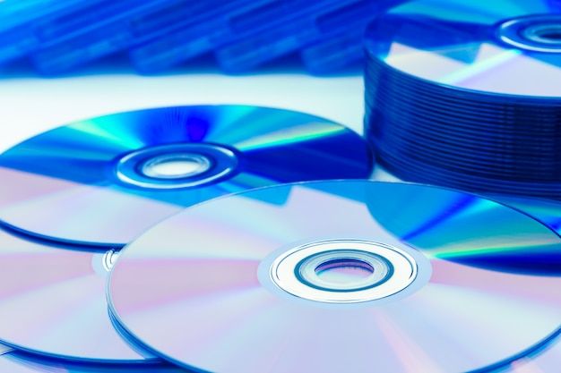 Компакт-диски крупным планом (cd / dvd)