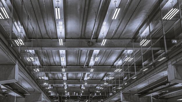 Светильник потолочный гараж