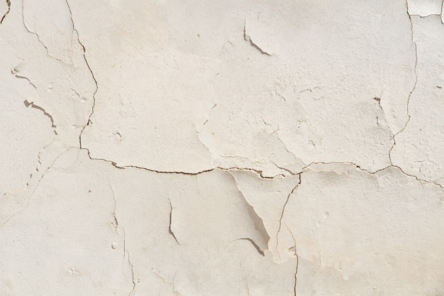 Cement cracked wall