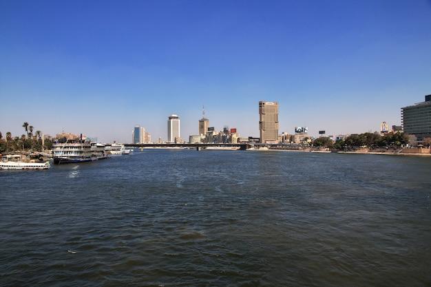 Центр каира на реке нил, египет