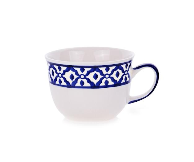 세라믹 컵 흰색 배경에 고립입니다.