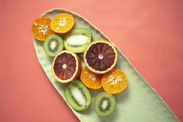 果物と野菜のセラミック料理