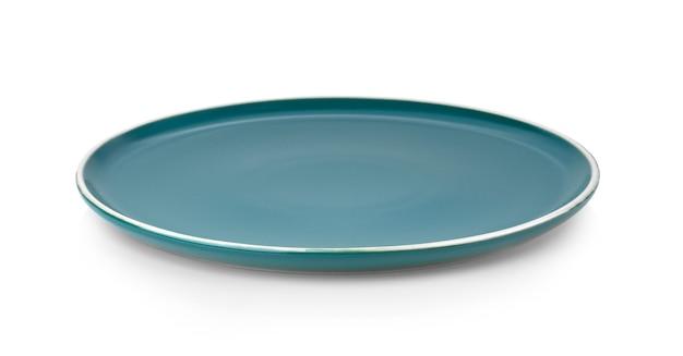 Керамическая тарелка, изолированные на белом фоне