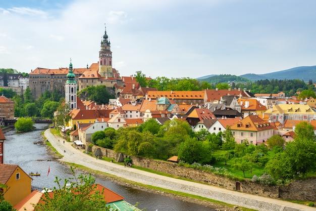 チェコ共和国のチェスキークルムロフのスカイライン