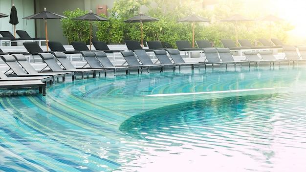 Chair pool