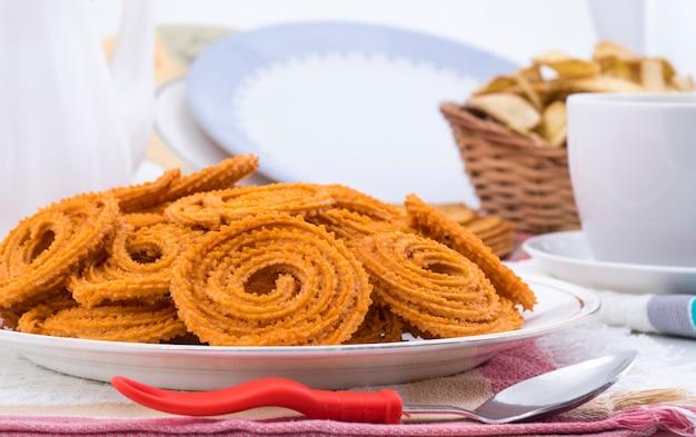 Индийская традиционная закуска chakli