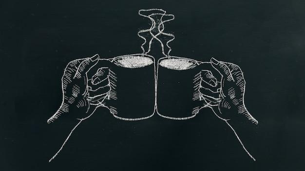 Мел руки, вытянув две руки с чашкой кофе с паром.