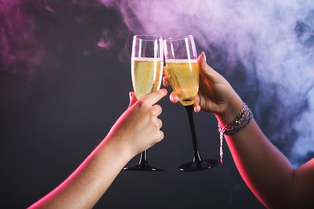 シャンパンとパーティー
