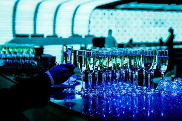 イベントでのシャンパングラス。
