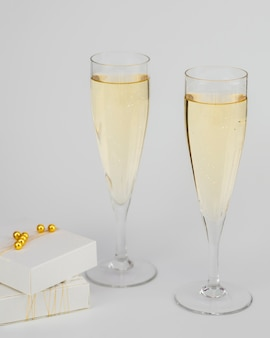Champagne glasses with gift boxes