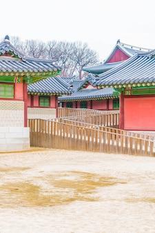 Changdeokgung palace beautiful traditional architecture in seoul, korea