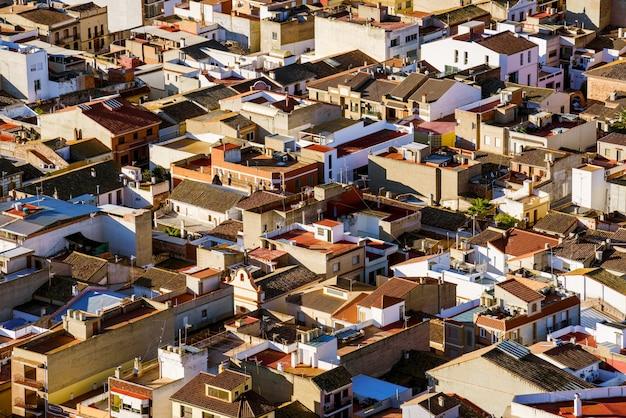 Хаотичный городской пейзаж. вид на крышу сверху.
