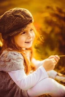 魅力的な女の子、帽子