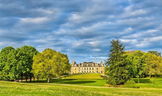 Замок борегар, один из замков долины луары во франции, департамент луар и шер.