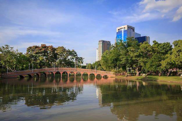 Chatuchak park - общественный парк в таиланде. известный