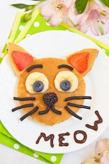 Cheerful breakfast - cat say meow pancakes