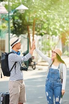 陽気な観光客