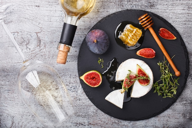 Cheese board,appetizer.brie