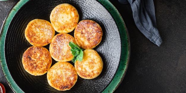 チーズケーキ朝食またはデザートシルニキ豆腐カッテージチーズパンケーキ
