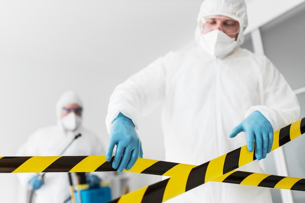 장비와 화학 위험 개념