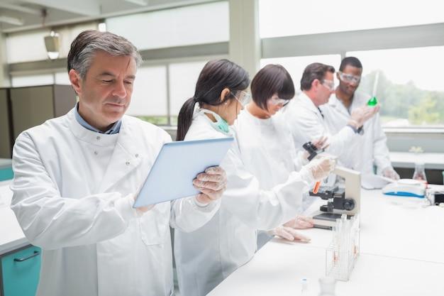 Chemist using tablet pc