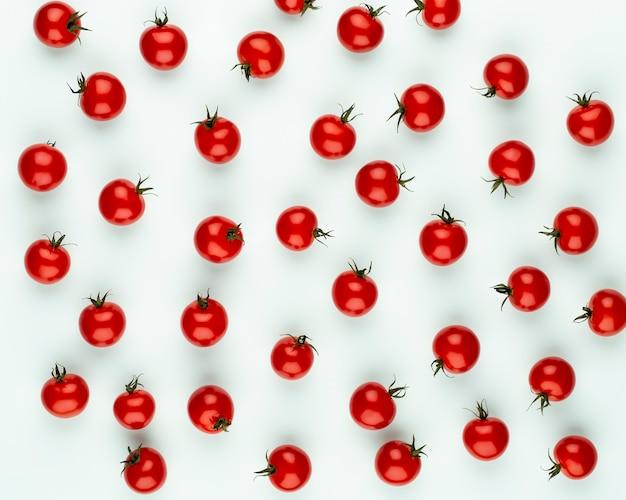 체리 토마토, 건강한 식생활과 채식주의. 색상 배경입니다.