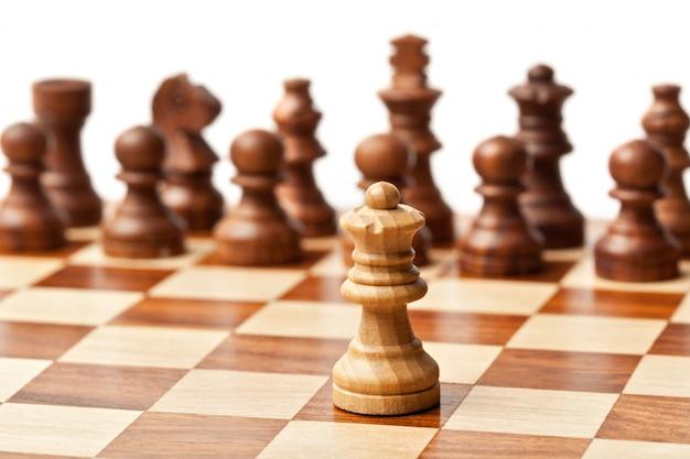 Шахматы - одни против всех
