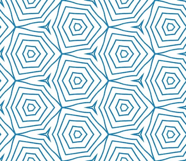 シェブロンストライプのデザイン。青い対称的な万華鏡の背景。テキスタイル対応の素晴らしいプリント、水着生地、壁紙、ラッピング。幾何学的なシェブロンストライプパターン。