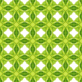 シェブロン水彩パターン。緑の妖艶な自由奔放に生きるシックな夏のデザイン。緑の幾何学的なシェブロン水彩ボーダー。テキスタイル対応の大胆なプリント、水着生地、壁紙、ラッピング。
