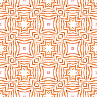 シェブロン水彩パターン。オレンジ色のまばゆいばかりの自由奔放に生きるシックな夏のデザイン。テキスタイル対応の絶妙なプリント、水着生地、壁紙、ラッピング。緑の幾何学的なシェブロン水彩ボーダー。