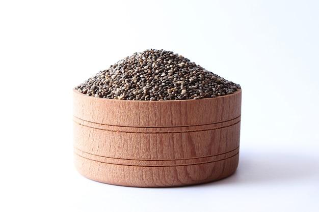 Семена чиа на белом фоне крупным планом пищевая добавка superfood