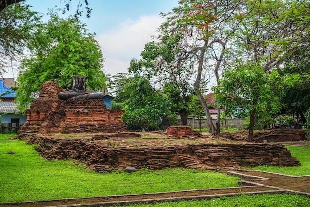 Городской храм чианг саен