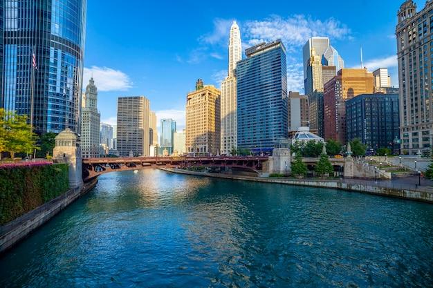 イリノイ州シカゴのシカゴ川