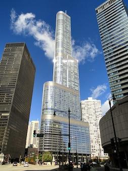 Chicago tower hotel international trump illinois
