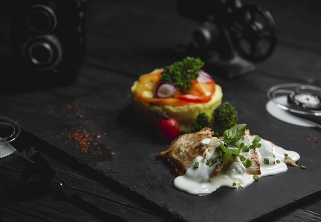 Chicken breasrt in creamy mushroom sauce