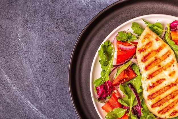 Chicken breast with fresh salad